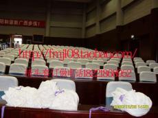 新疆乌鲁木齐出租车礼堂汽车传媒广告椅头套