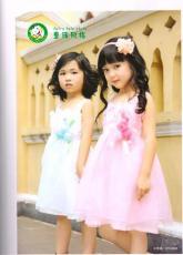 廣州童裝加盟什么牌子好 童話風格童裝 錢