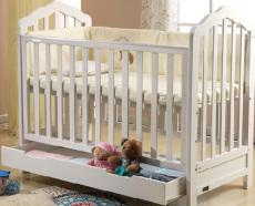 广东珠海婴儿床艾伦贝儿童用品有限公司